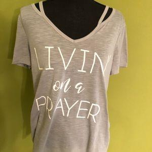 """BNWOT """"Livin on a Prayer"""" t-shirt!"""